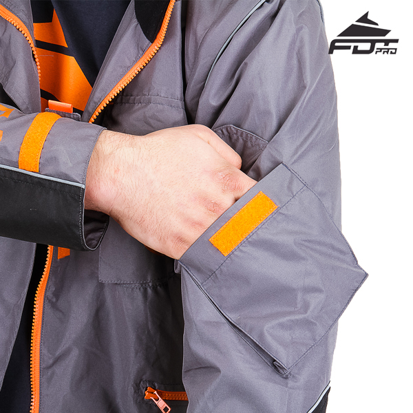 Useful Sleeve Pocket on Professional Design Dog Tracking Jacket