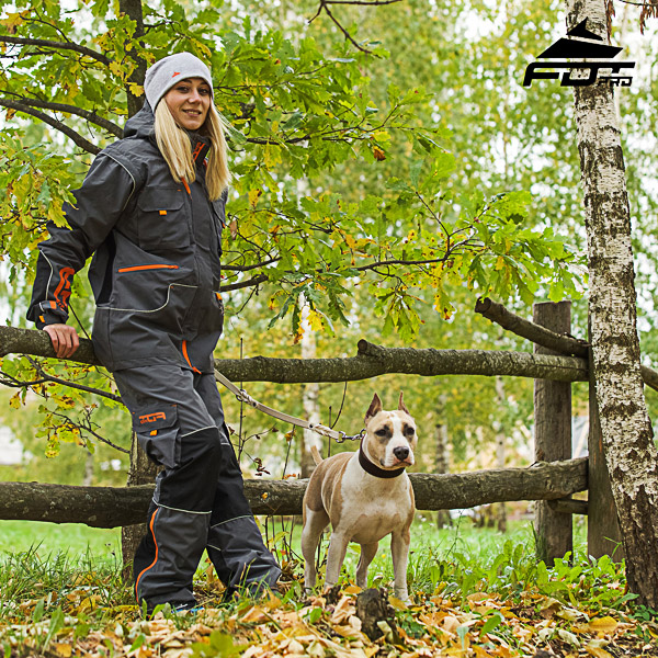 Men and Women Design Pants with Convenient Side Pockets for Active Dog Training